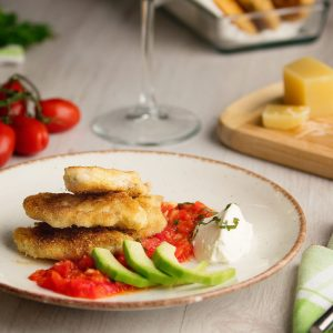 Chicken fillet with parmesan and avocado